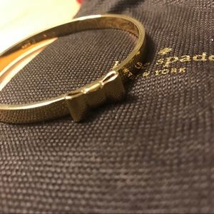 🦋2/$15🦋 Kate Spade Bow Bracelet- Gold